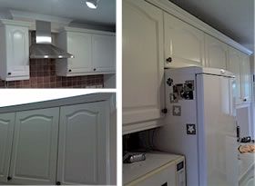 Airless spray to paint kitchen cabinet doors white - YouTube